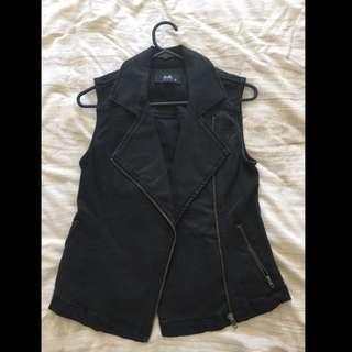 Dotti Vest Black Denim Size 10