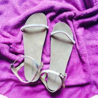 Sepatu Sandal Elizabeth