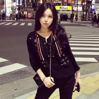 Grace Chow 周揚青 民族風針織衫