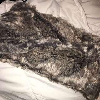 H&M Fur Infinity Scarf