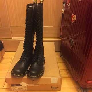 Dr.martens 20孔長靴