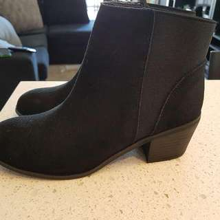 Ladies Suede/Leather Ankle Boots - Size 10