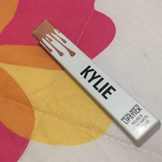"""REPRICED! AUTHENTIC KYLIE COSMETICS METALLIC """"KING K"""""""