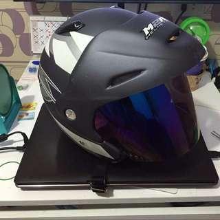 二手  M2R 安全帽