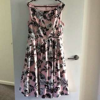 Size 14: 'Review' Dress Knee Length