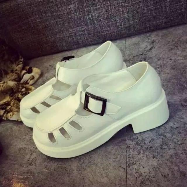 復古古著白色馬丁鞋