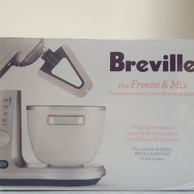 BRAND NEW Breville Ice-cream maker (Freeze&Mix)