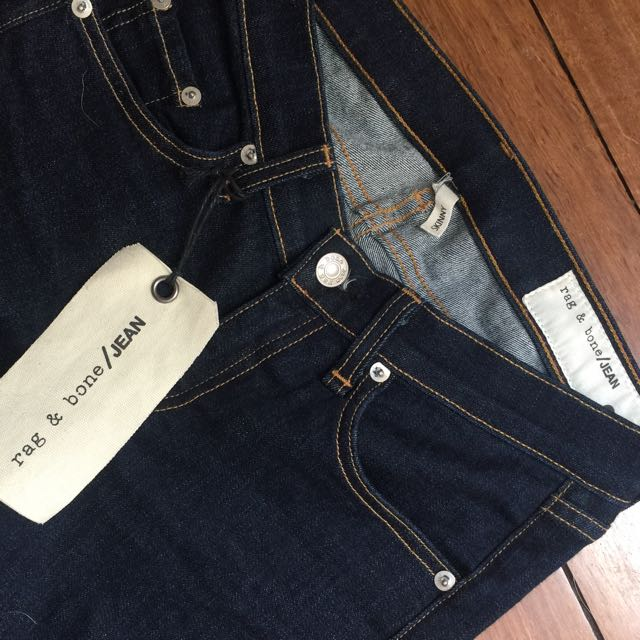 BRAND NEW RAG AND BONE JEANS SIZE 25