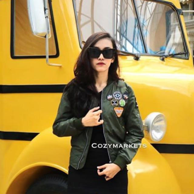 Cozy Market Bomber Jacket Green With Patches