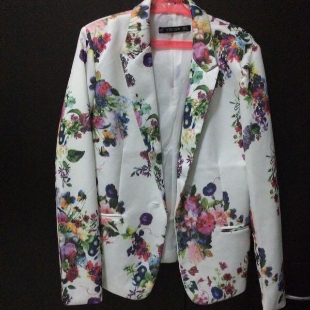 Floral White Blazer