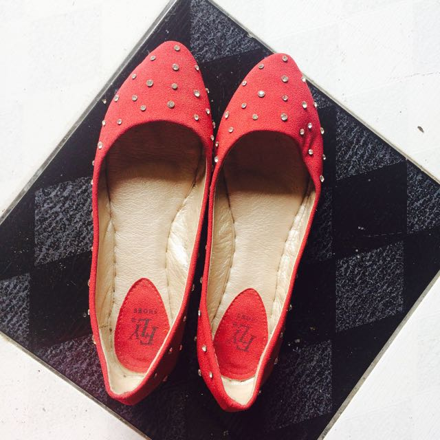 FLY Red Flat Shoes