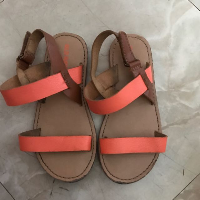 For Sale!!! Sandals For Toddler!