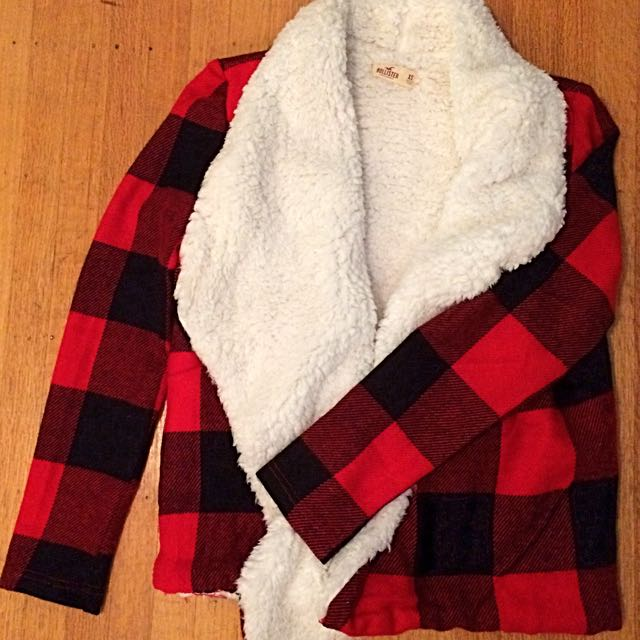 Hollister Cozy Sweater Wrap