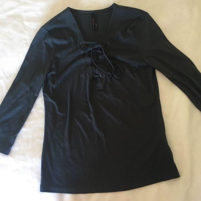 Lace V Neck 3/4 Length Shirt