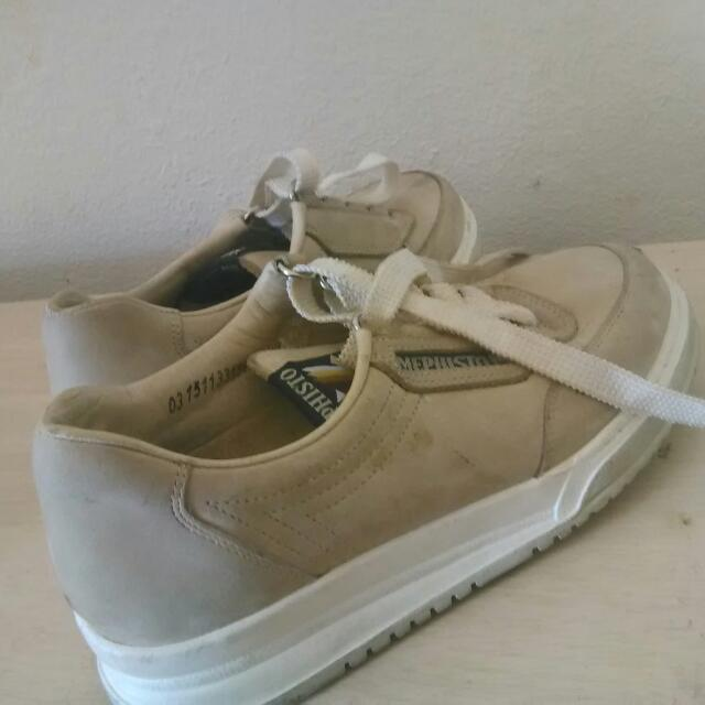 Mephisto Leather Tan Shoes W6