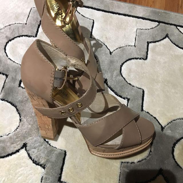 Michael Kors Sandals! Amazing Condition