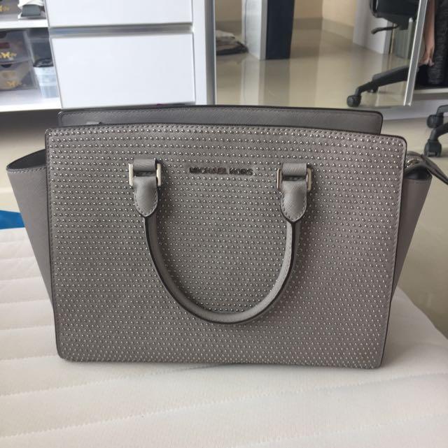 Michael Kors Selma Medium Bag