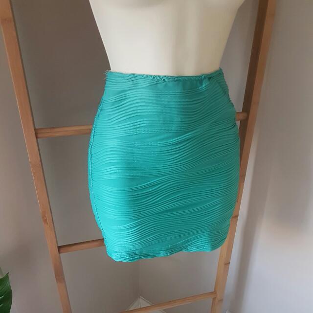 Mini Skirt Sz 6