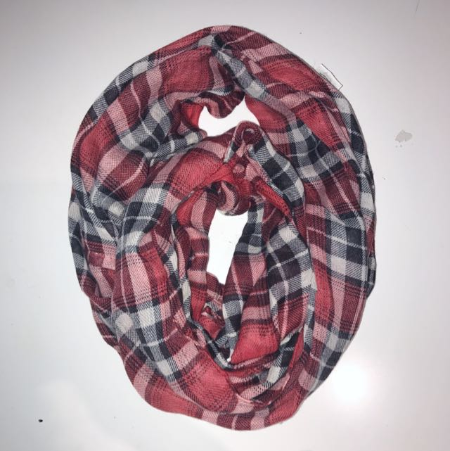 Plaid Circle Scarf