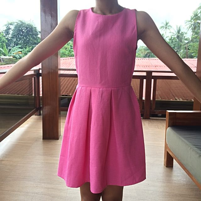 Plain Pink Pleated Dress