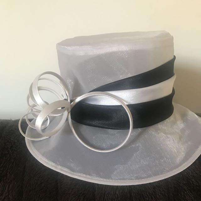 Races Hat