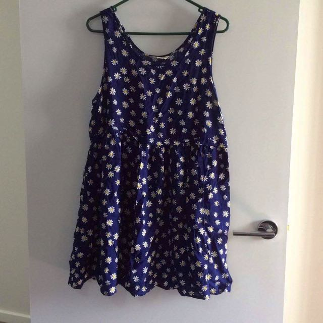Size 14: Navy Blue With Daisy Dress