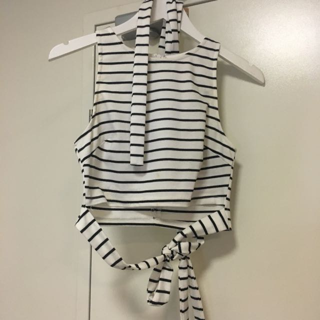 Sz 12 Blossom Black And White Striped Crop With Tie Waist