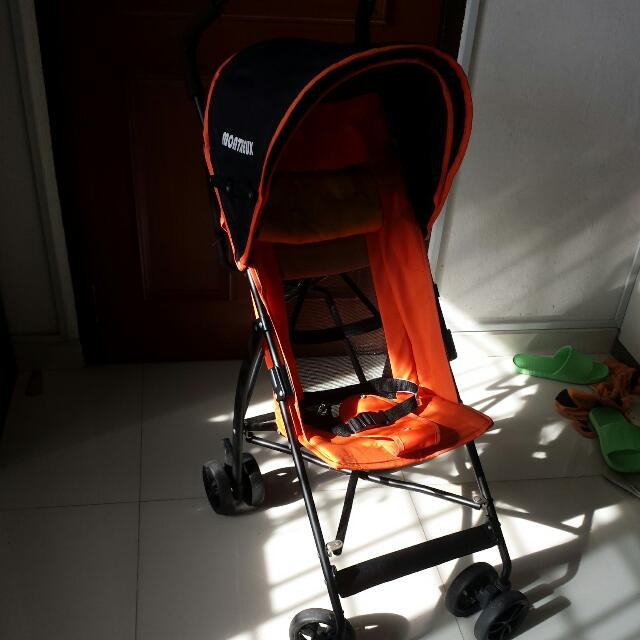 RESERVED UNTIL 04.01.17 - umbrella stroller