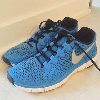 Nike Free Run 3.0 - Size 10.5