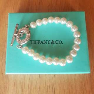 Tiffany and co Pearl Silver Toggle Bracelet