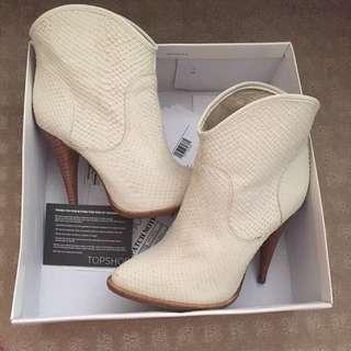 Top shop Boots Size US 7 1/2