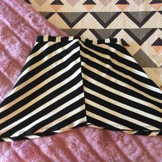 Size 10 Glass ons Striped Skirt Black And White