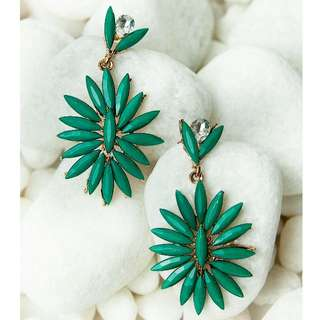 Green Classic New Earrings