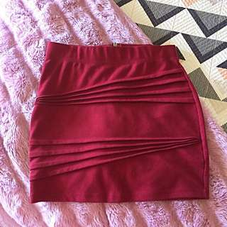 Size 10 Bardot Skirt Burgundy