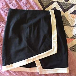Size 10 Bardot Skirt Black And With