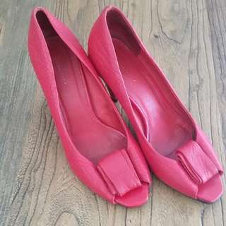 Vintage Size 7 Red Shoes