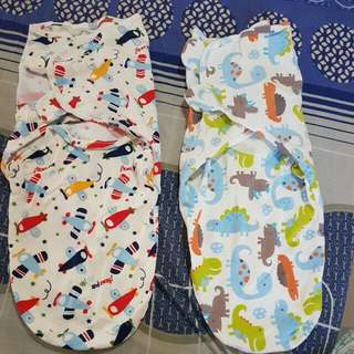 Little Tots Swaddle - Large 2 pcs (dinosaur and airplanes)