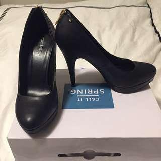 Black Dressy Heel (Size 8 1/2)