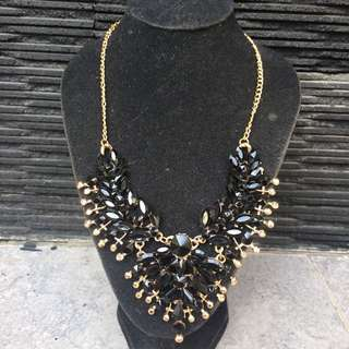 Black Glamourous Necklace