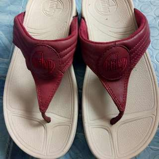 Repriced! Authentic Fitflop