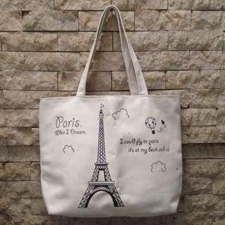 Tas kain Paris