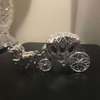 6 x Horse & Carriage Favor Holders
