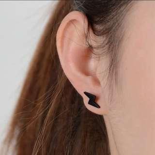 🎈Black Lightening Bolt Earrings