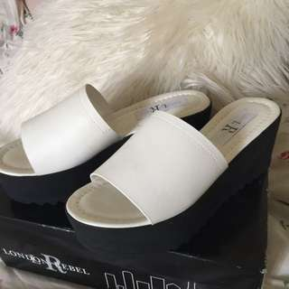 Black And White Thick Bottom Shoes