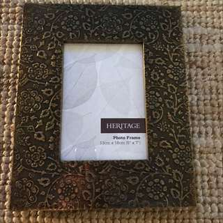 Good Detail Picture Frame