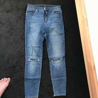 A Brand Mid Skinny's With Knee Slit