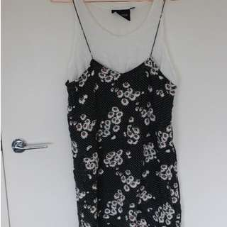 Glue 90's style daisy print layered dress