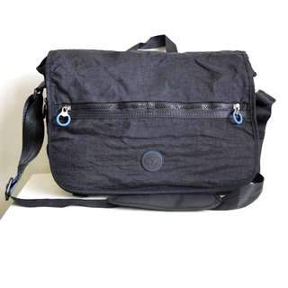 Roncato Laptop Messenger/Sling Bag