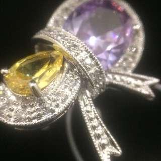 蝴蝶結寶石戒指