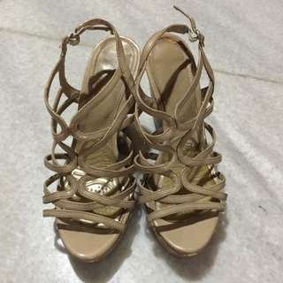 Charles & Keith shoes 38